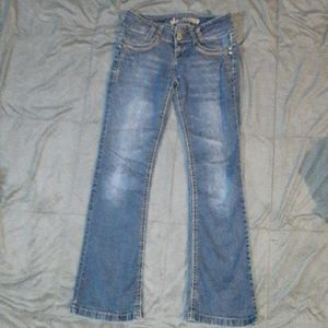 Wallflower juniors sz 7 blue jeans